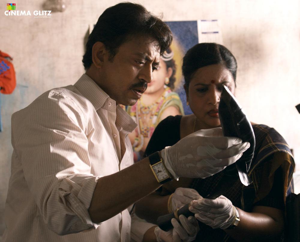 CinemaGlitz-Talvar-Movie-Review-02