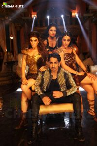 Aranmanai 2 Movie Review Siddharth Sundar C