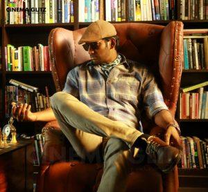 Thupparivaalan Movie Review
